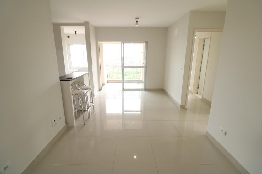 Maringa Apartamento Locacao R$ 1.700,00 Condominio R$320,00 2 Dormitorios 1 Suite Area construida 67.76m2