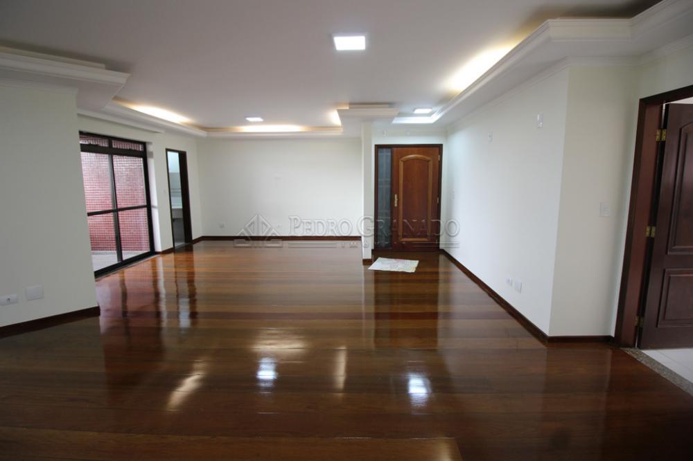 Maringa Apartamento Locacao R$ 2.700,00 Condominio R$1.170,00 3 Dormitorios 1 Suite Area construida 150.00m2
