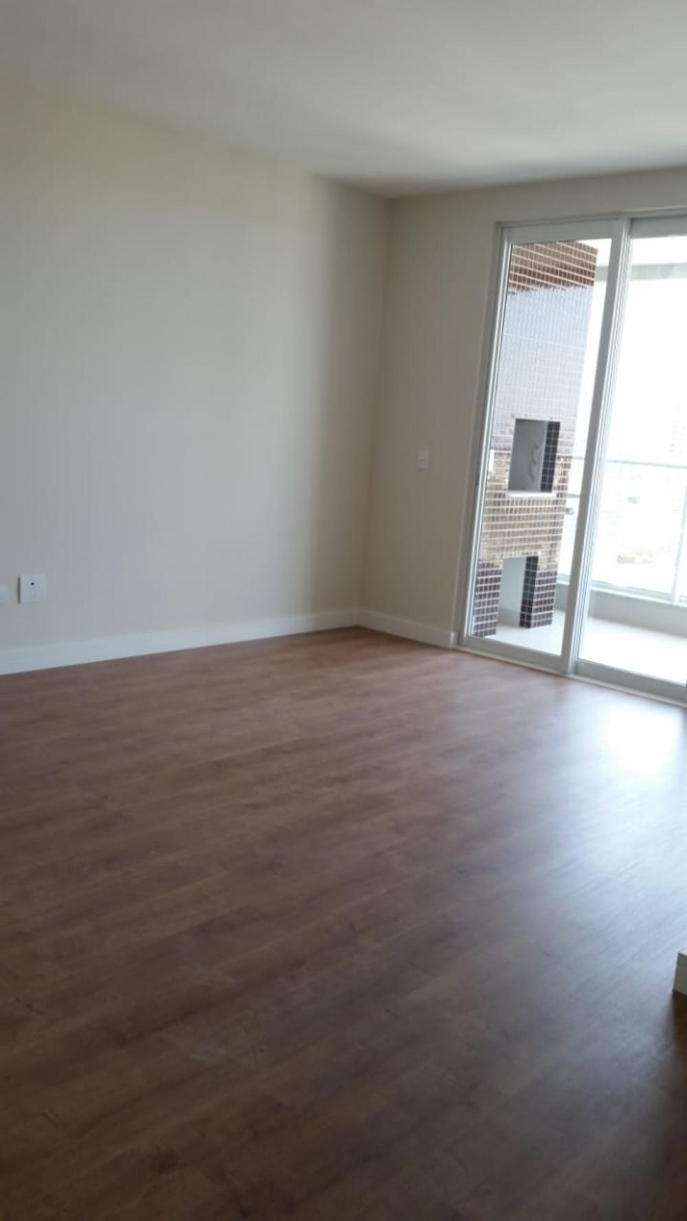 Maringa Apartamento Venda R$650.000,00 Condominio R$500,00 3 Dormitorios 1 Suite Area construida 101.00m2