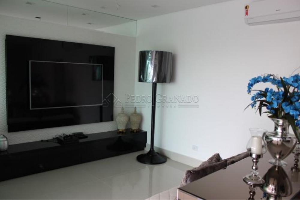 Maringa Apartamento Venda R$1.100.000,00 Condominio R$680,00 3 Dormitorios 3 Suites Area construida 137.00m2