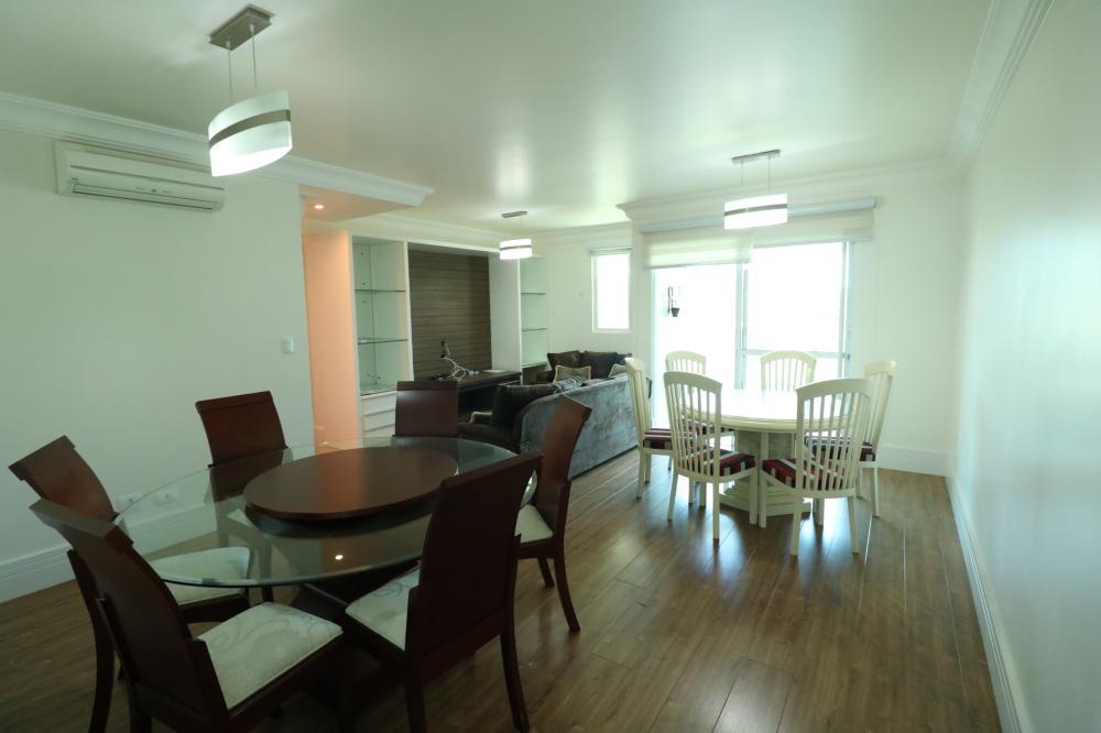 Maringa Apartamento Locacao R$ 2.200,00 Condominio R$620,00 2 Dormitorios 1 Suite Area construida 90.00m2