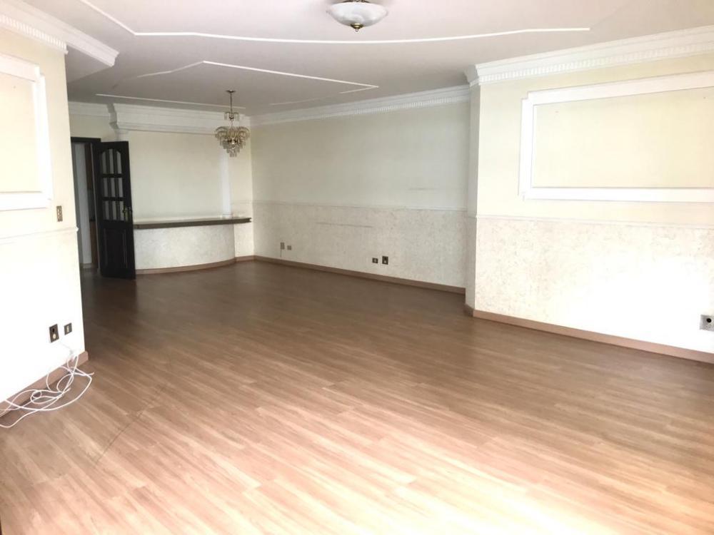 Maringa Apartamento Venda R$785.000,00 Condominio R$1.210,00 3 Dormitorios 3 Suites Area construida 219.98m2