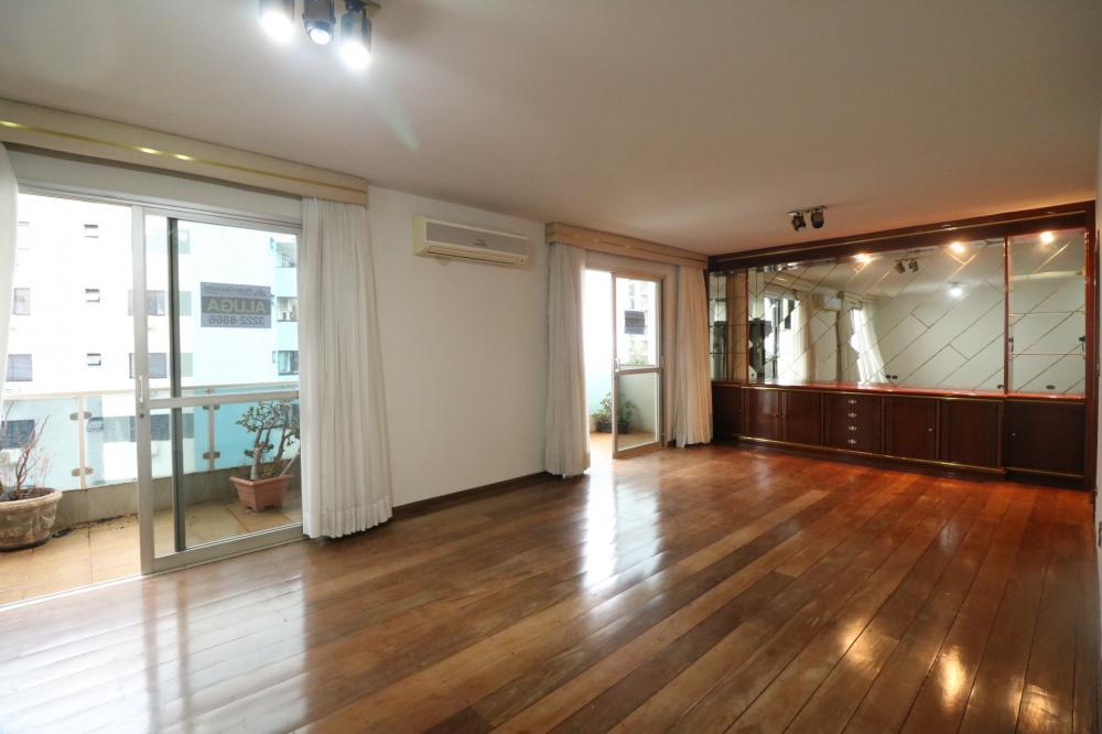 Maringa Apartamento Venda R$750.000,00 Condominio R$1.000,00 4 Dormitorios 1 Suite Area construida 190.00m2