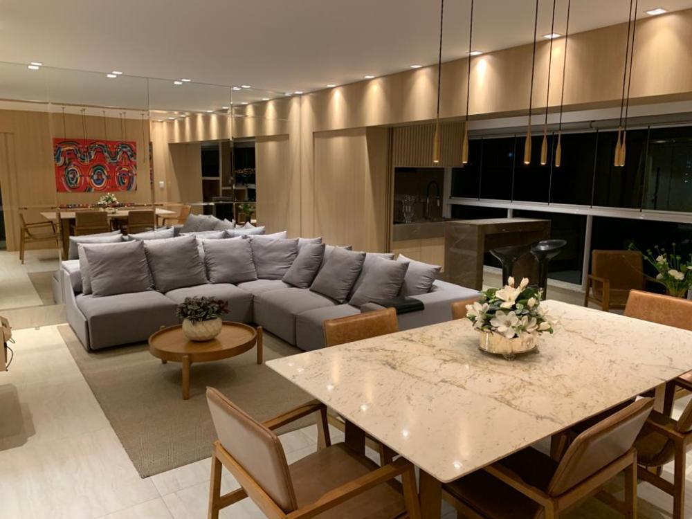 Maringa Apartamento Venda R$1.270.000,00 Condominio R$800,00 3 Dormitorios 3 Suites Area construida 124.00m2