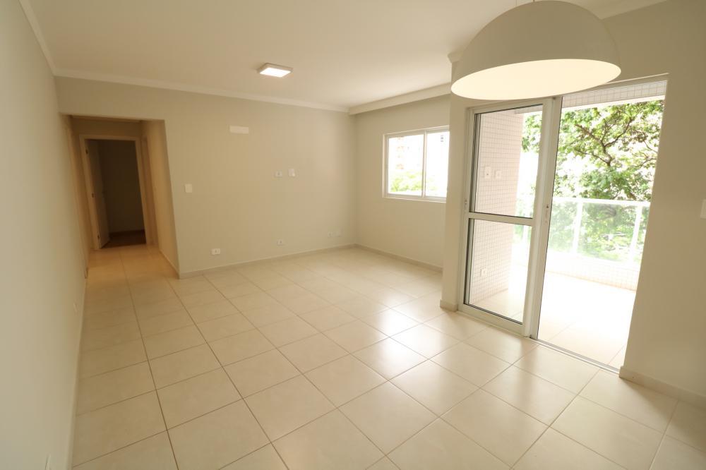 Maringa Apartamento Locacao R$ 2.300,00 Condominio R$380,00 3 Dormitorios 1 Suite Area construida 96.30m2