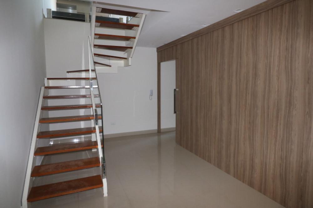 Maringa Apartamento Locacao R$ 4.000,00 Condominio R$1.202,87 4 Dormitorios 2 Suites Area construida 92.00m2