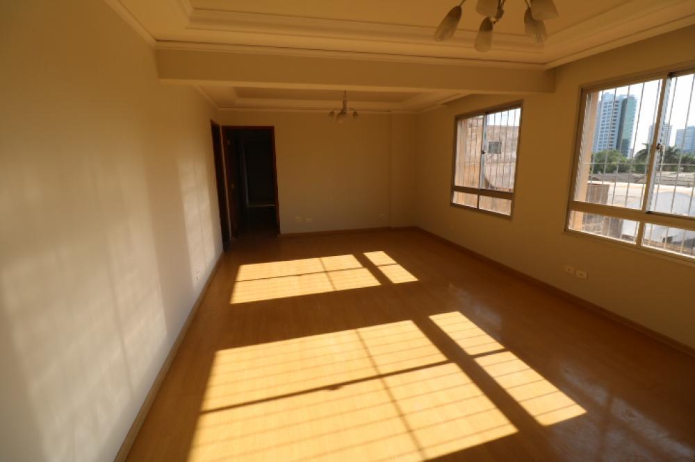 Maringa Apartamento Locacao R$ 1.000,00 Condominio R$1.200,00 4 Dormitorios 1 Suite Area construida 133.70m2