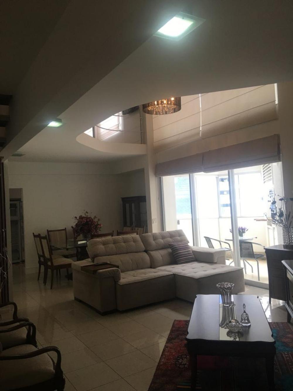 Maringa Apartamento Venda R$570.000,00 Condominio R$992,40 1 Dormitorio 1 Suite Area construida 123.89m2