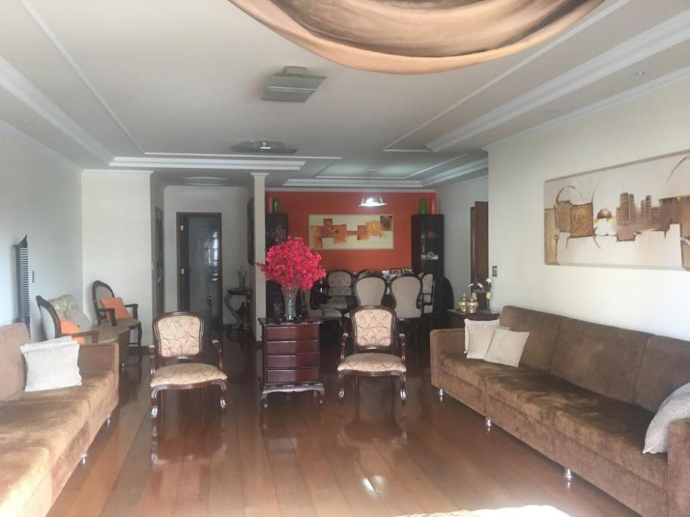Maringa Apartamento Venda R$980.000,00 Condominio R$997,50 4 Dormitorios 2 Suites Area construida 260.63m2