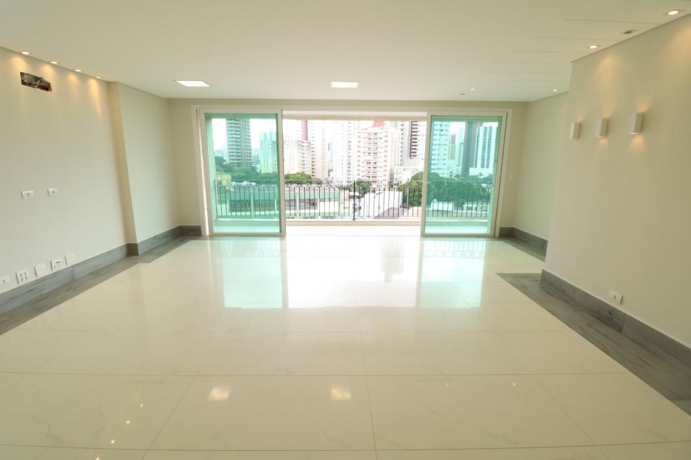 Maringa Apartamento Locacao R$ 6.000,00 Condominio R$1.350,00 3 Dormitorios 3 Suites Area construida 246.11m2