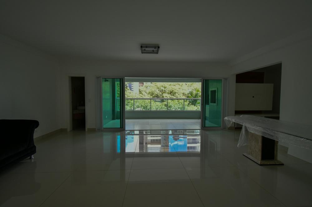 Maringa Apartamento Locacao R$ 5.000,00 Condominio R$1.600,00 4 Dormitorios 4 Suites Area construida 221.88m2
