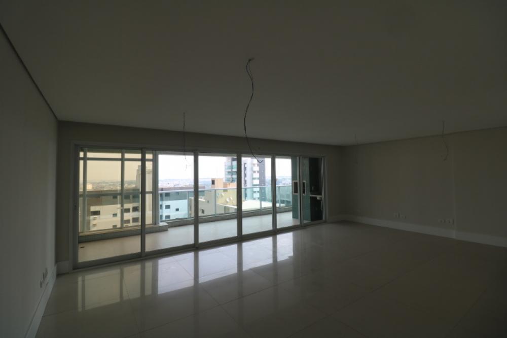 Maringa Apartamento Locacao R$ 5.500,00 Condominio R$1.300,00 4 Dormitorios 4 Suites Area construida 207.00m2