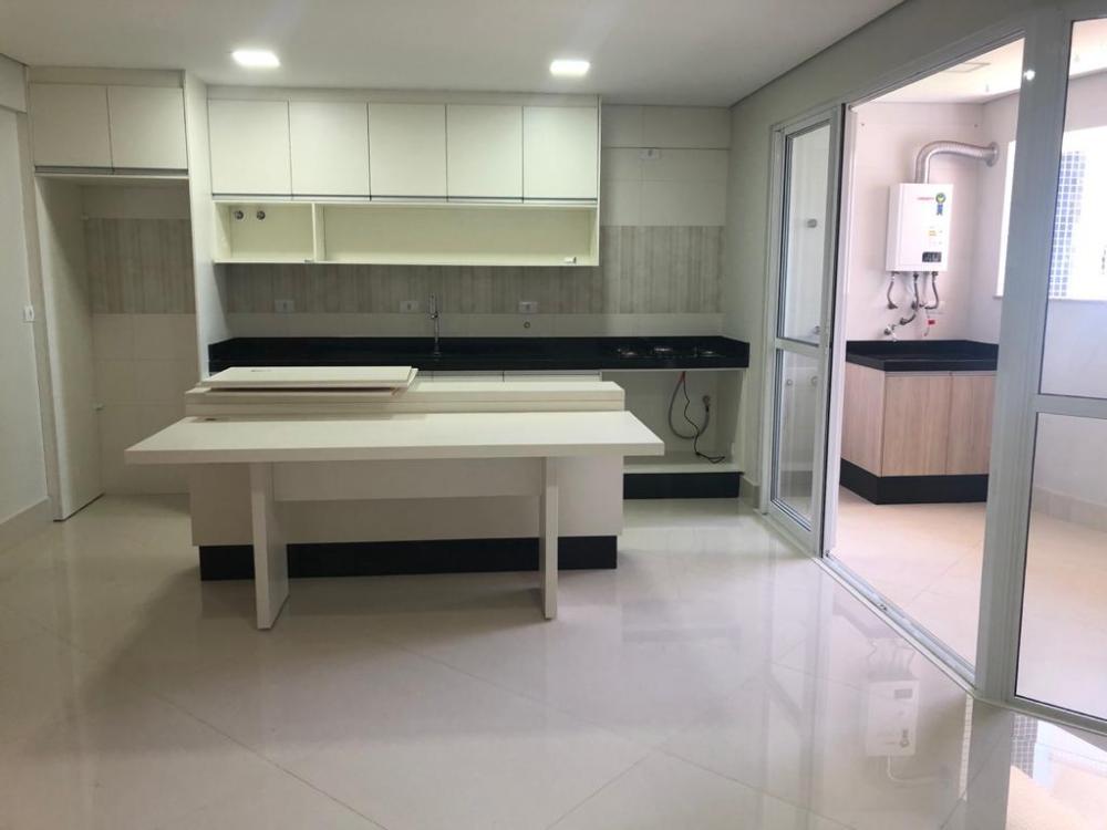 Maringa Apartamento Locacao R$ 1.800,00 Condominio R$300,00 2 Dormitorios 1 Suite Area construida 72.61m2