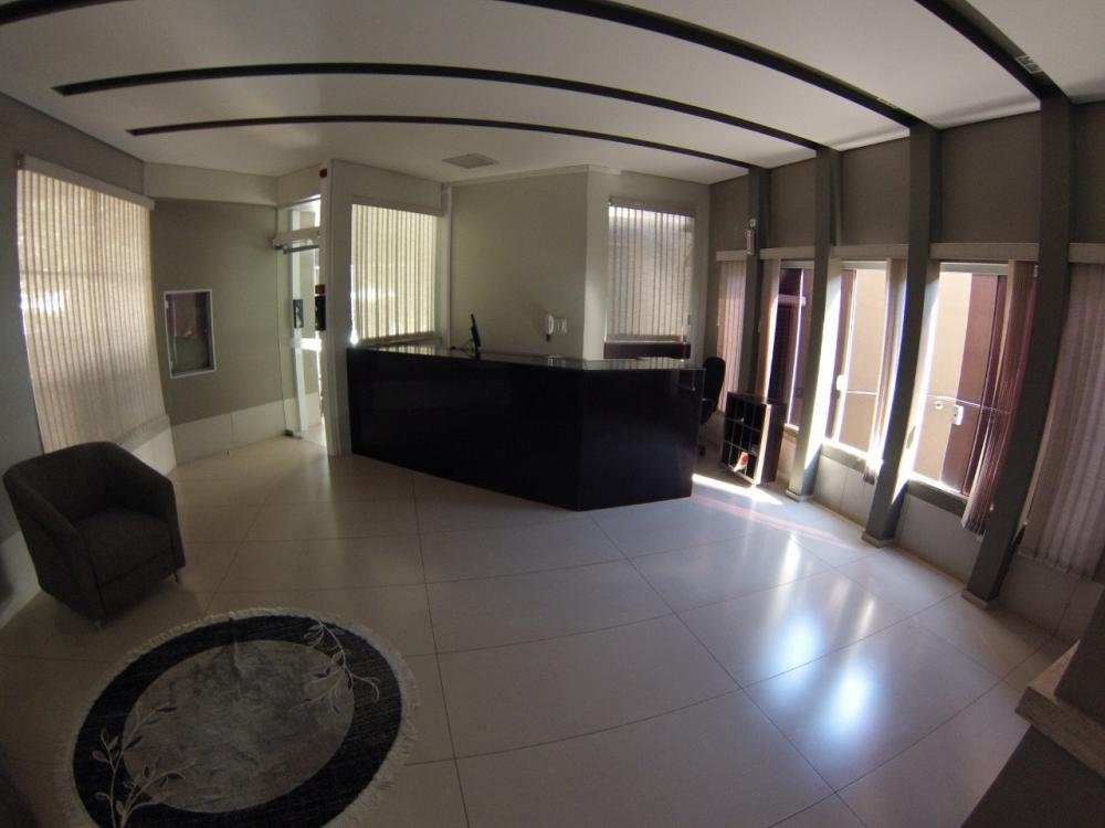 Maringa Apartamento Locacao R$ 2.300,00 Condominio R$1.200,00 4 Dormitorios 2 Suites Area construida 232.00m2