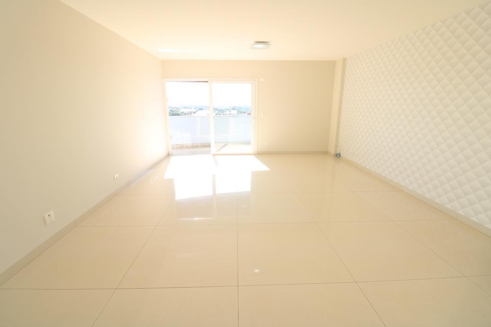 Maringa Apartamento Locacao R$ 3.700,00 Condominio R$800,00 4 Dormitorios 3 Suites Area construida 167.00m2