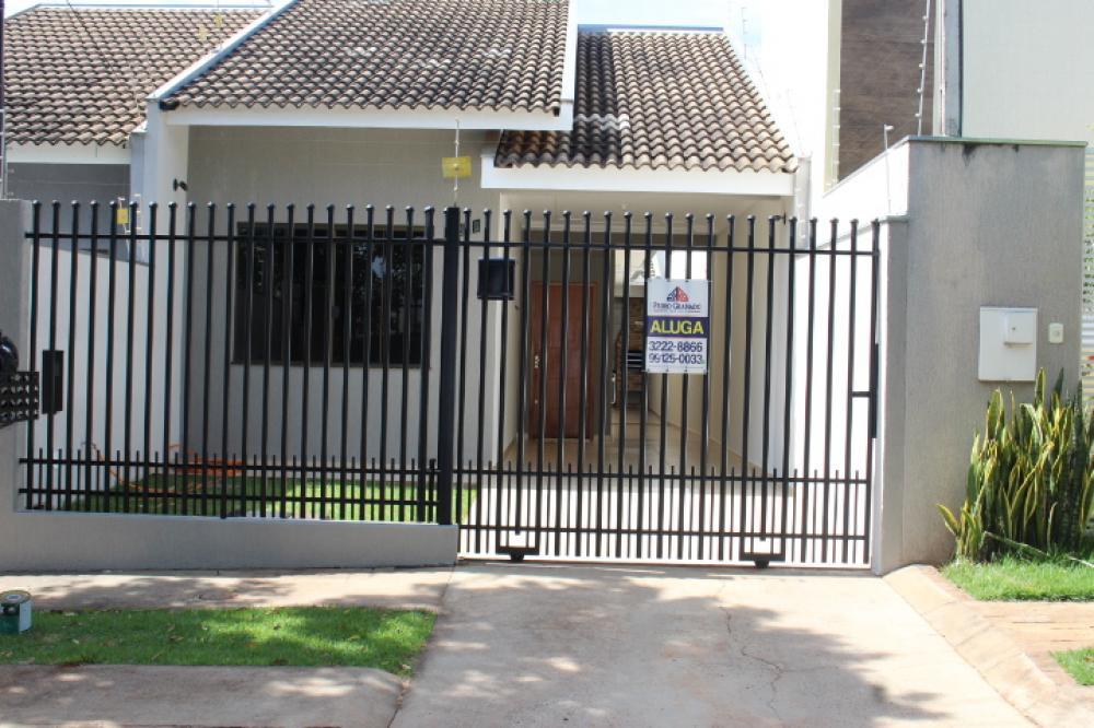 Maringa Casa Locacao R$ 1.250,00 3 Dormitorios 1 Suite Area do terreno 150.00m2 Area construida 100.00m2