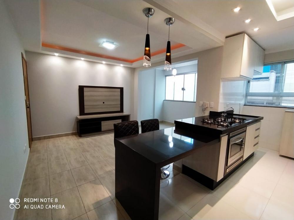Maringa Apartamento Locacao R$ 1.800,00 Condominio R$338,00 3 Dormitorios 1 Suite Area construida 105.00m2
