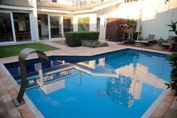 Maringa Jardim Aclimacao casa Venda R$2.000.000,00 3 Dormitorios 4 Vagas Area do terreno 647.69m2 Area construida 356.72m2